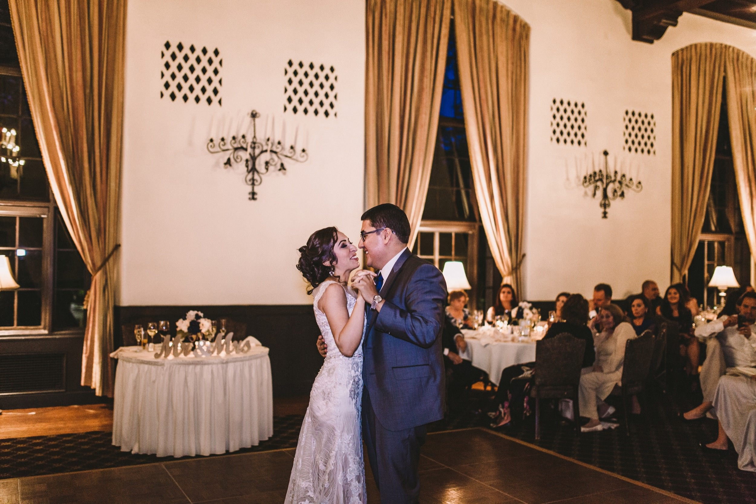 Sacramento Sutter Club & Capitol Building Wedding-145.jpg