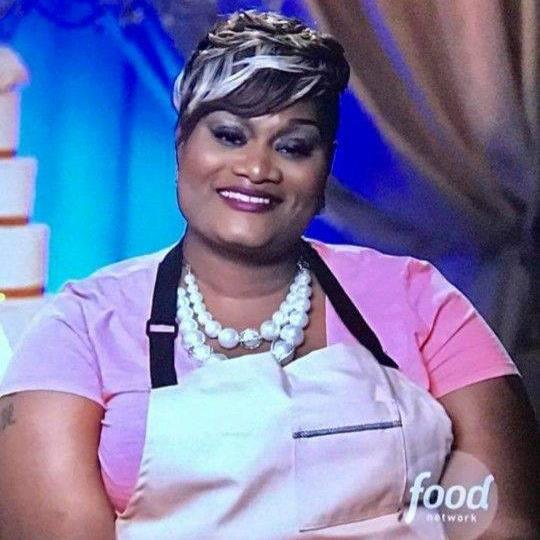 Celebrity Pastry Chef Dawn competed on the premiere of Food Network's Wedding Cake Championship