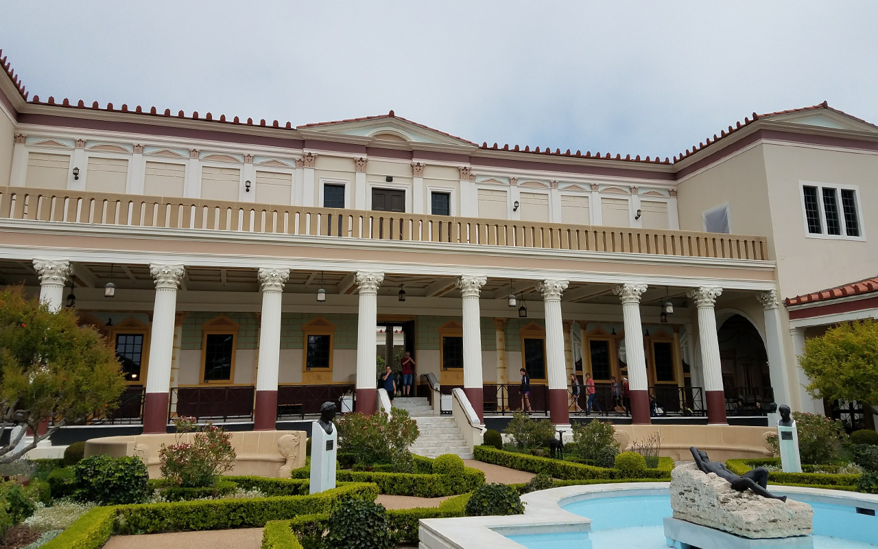 getty villa 01.jpg