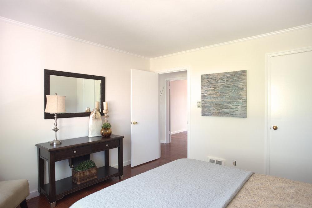 Bedroom-1C+(sfw).jpg