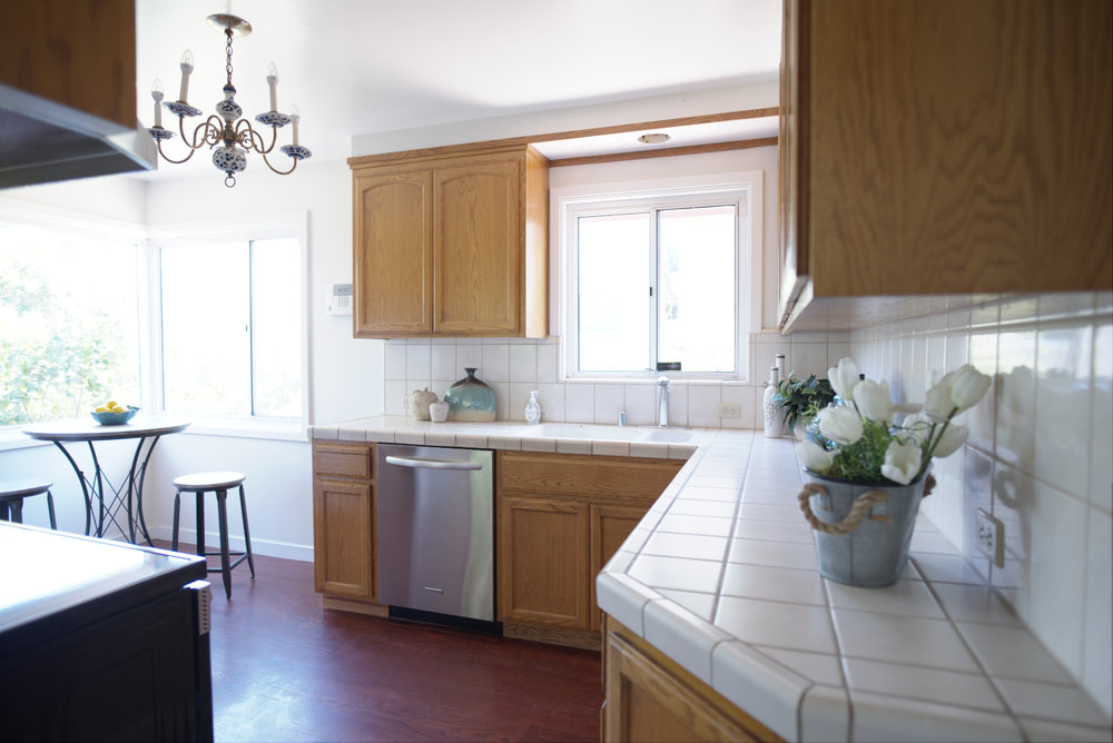 Kitchen-B+(sfw).jpg