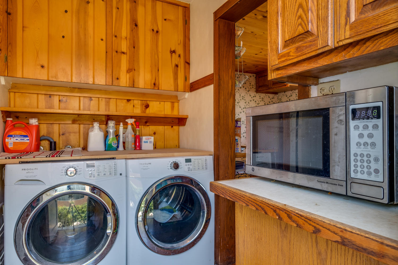 18808 Yukon Ave Torrance CA-large-012-10-Laundry Room-1500x1000-72dpi.jpg