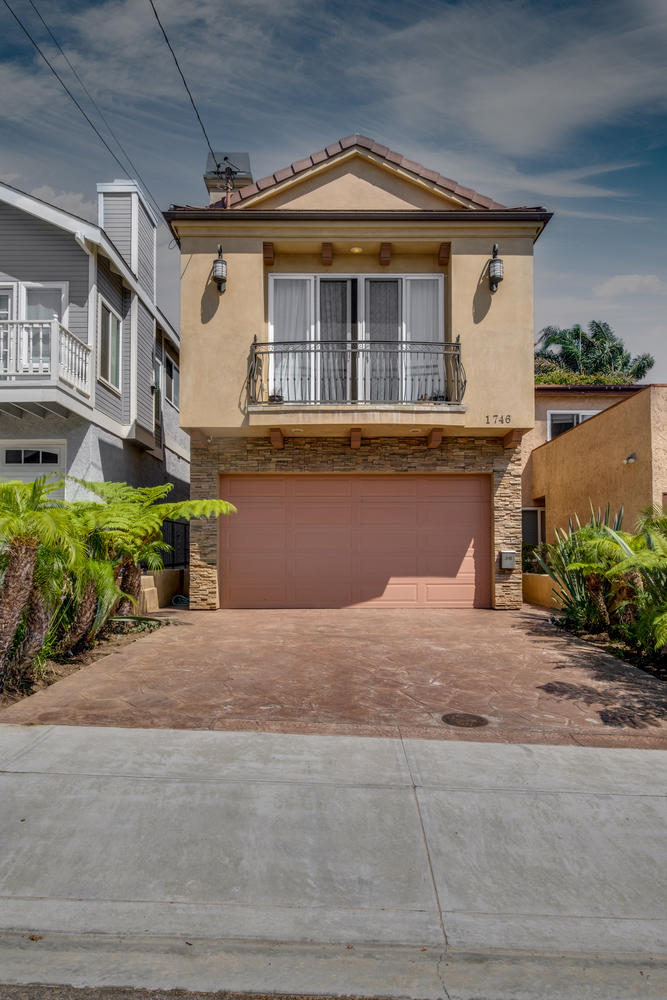 1746 Dixon St Redondo Beach CA-large-001-1-1746 Dixon1-667x1000-72dpi.jpg