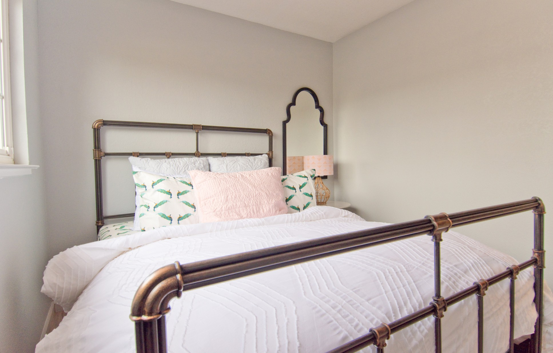 Bed 2 001.jpg