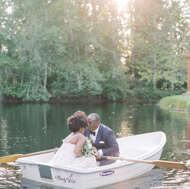 One hundred times yes to a romantic boat ride as newlyweds! Congrats to Cynthia and James! We loved being a part of your beautiful wedding day filled with Kenyan tradition and so so much love and joy. ⠀⠀⠀⠀⠀⠀⠀⠀⠀ Planning and Coordination | @chloemoseyevents_cme  Venue |@cedarspringspnw Bride's attire | @allurebridals  Groom's Attire| @indochino  Photography | @sarahharrisphoto Videography |@emerald_media_videography Florals| @maddysoldtownflowers ⠀⠀⠀⠀⠀⠀⠀⠀⠀ . . .  #sarahharrisphoto #oncewedpremiumvendor #smpweddings  #seattleweddingphotographer #bride #2018bride  #featuremeoncewed #greenweddingshoes #loveathentic #lookslikefilm #fujifilm #weddinginspiration #loveintentionally #shesaidyes #bridetobe #greylikesweddings #fujifilm #risingtidesociety #seattle #pnwweddingphotographer #shpcouples #shpbride #seattlebride #woodinvilleweddingphotographer #snohomishweddingphotographer #pnwweddingphotographer #cedarspringswedding