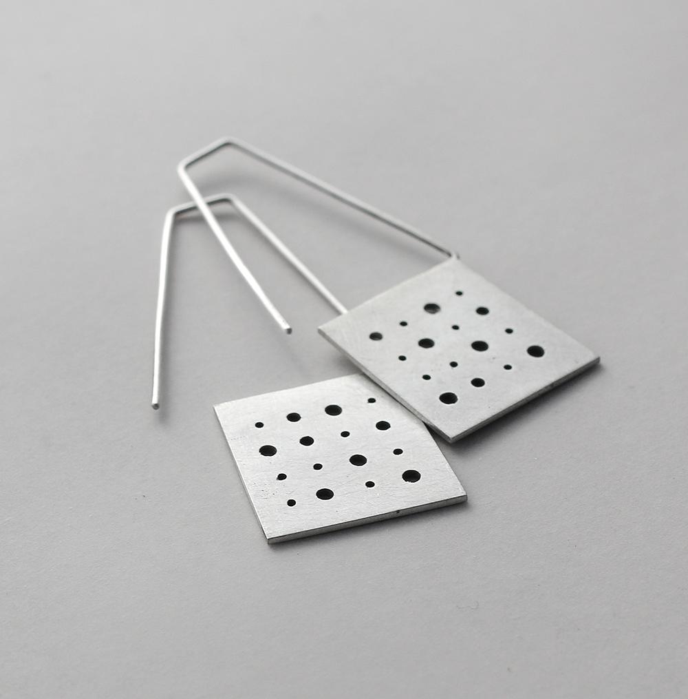 Labels-earrings3-F2.jpg