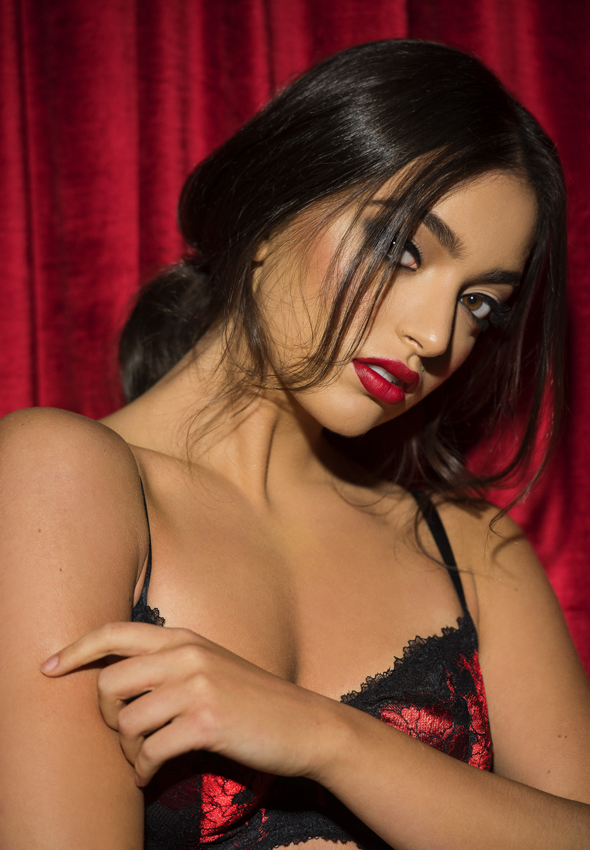 Jasmina-5191web.jpg