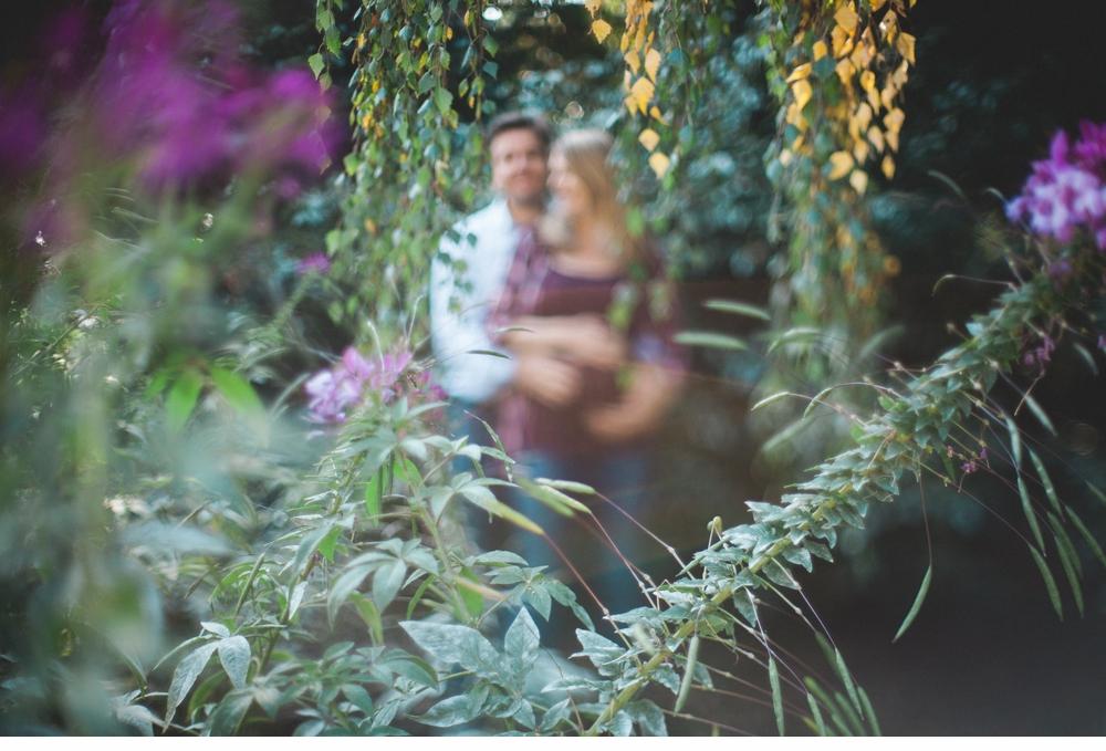Seattle_Maternity_lifestyle_portrait_session_Seward_Park 6.jpg