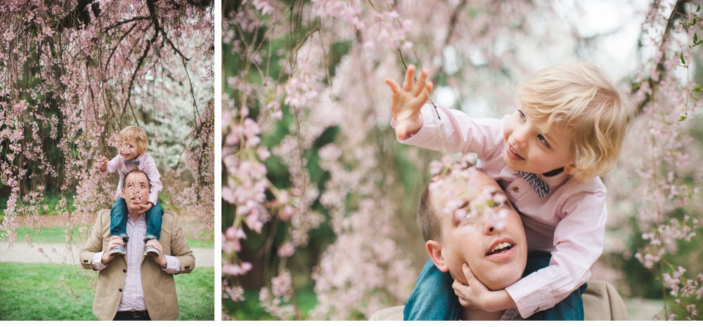 spring_Family_Lifestyle_Portrait_Session_Seattle_Arboretum_cherry_blossoms 9.jpg