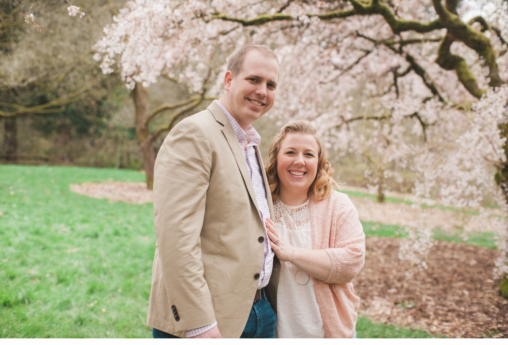 spring_Family_Lifestyle_Portrait_Session_Seattle_Arboretum_cherry_blossoms 17.jpg