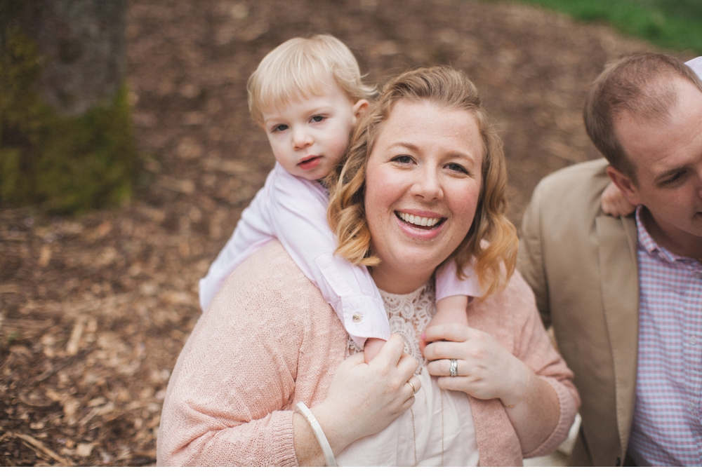 spring_Family_Lifestyle_Portrait_Session_Seattle_Arboretum_cherry_blossoms 24.jpg