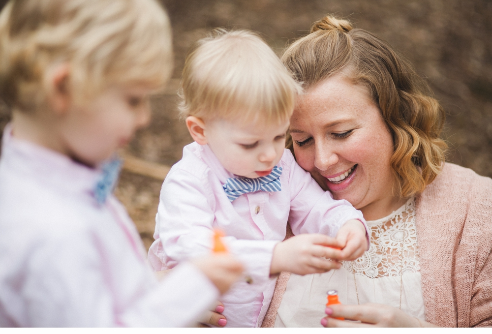 spring_Family_Lifestyle_Portrait_Session_Seattle_Arboretum_cherry_blossoms 30.jpg