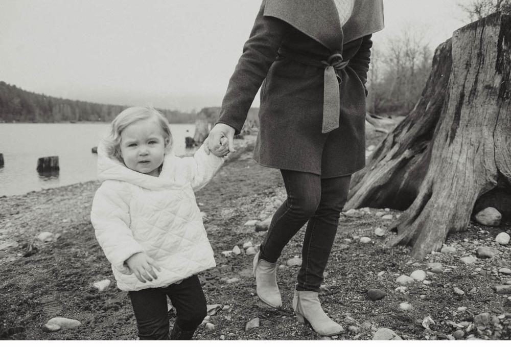 Mother_daughter_session_rattlesnake_lake 5.jpg