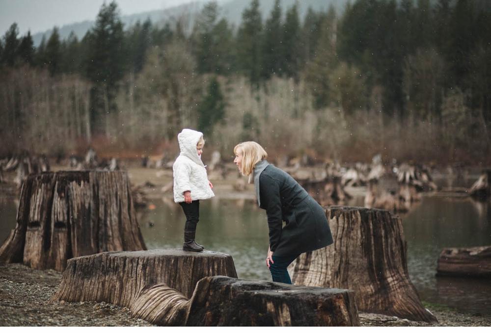 Mother_daughter_session_rattlesnake_lake 10.jpg