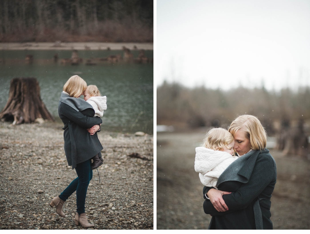 Mother_daughter_session_rattlesnake_lake 16.jpg