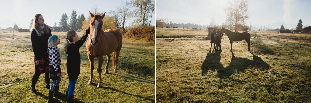 family_farm_fall_lifestyle_enumclaw_photographer 6.jpg