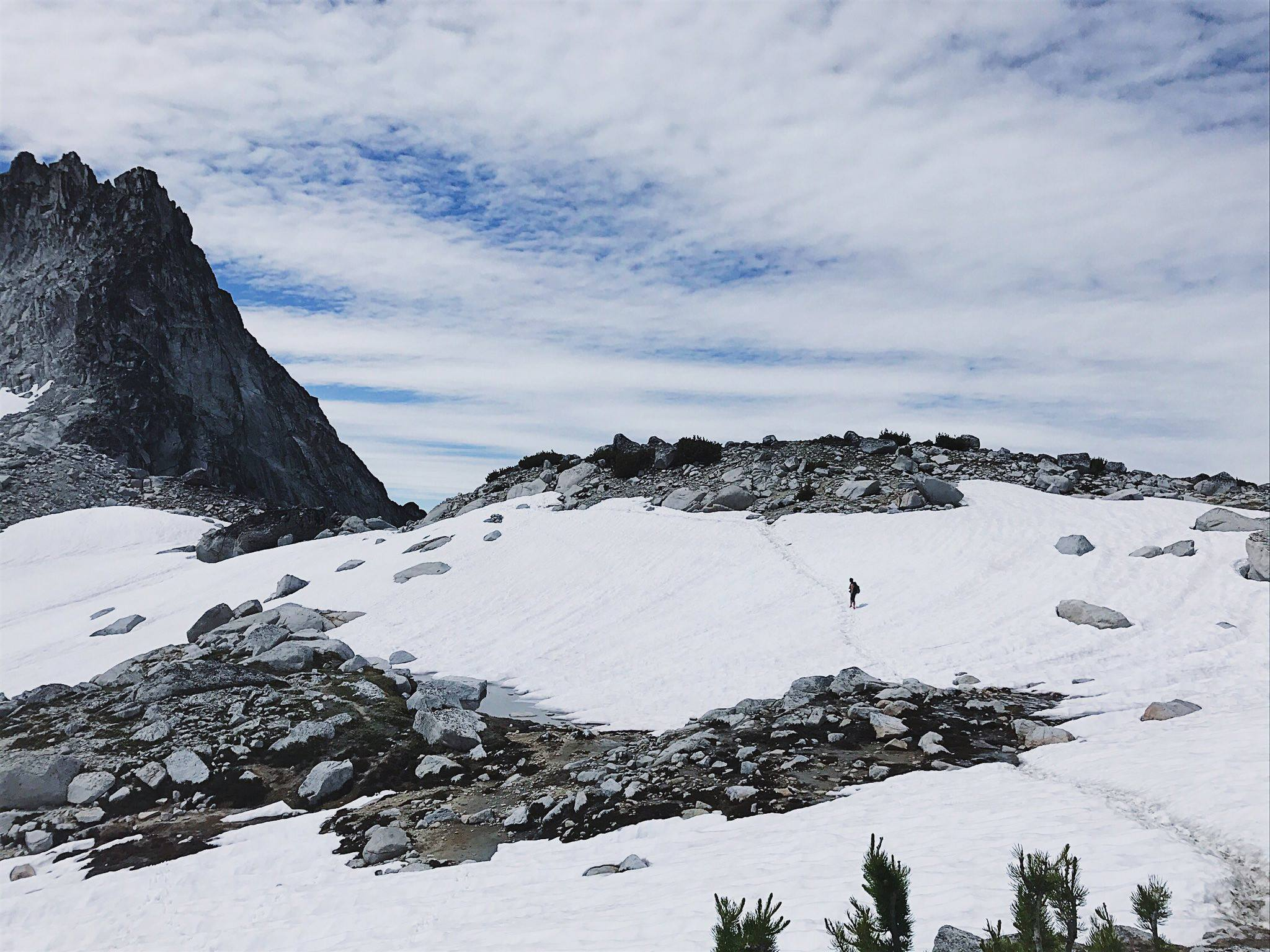 Hiking The Enchantments in one day and somehow not dying