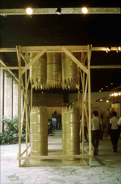 02_Collective_Segunda-Bienal_La-Habana_1986.jpg