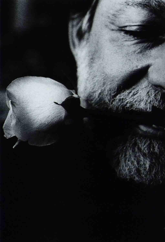 Rolando-Peña_Portrait-by_Ralph-Gibson.jpg