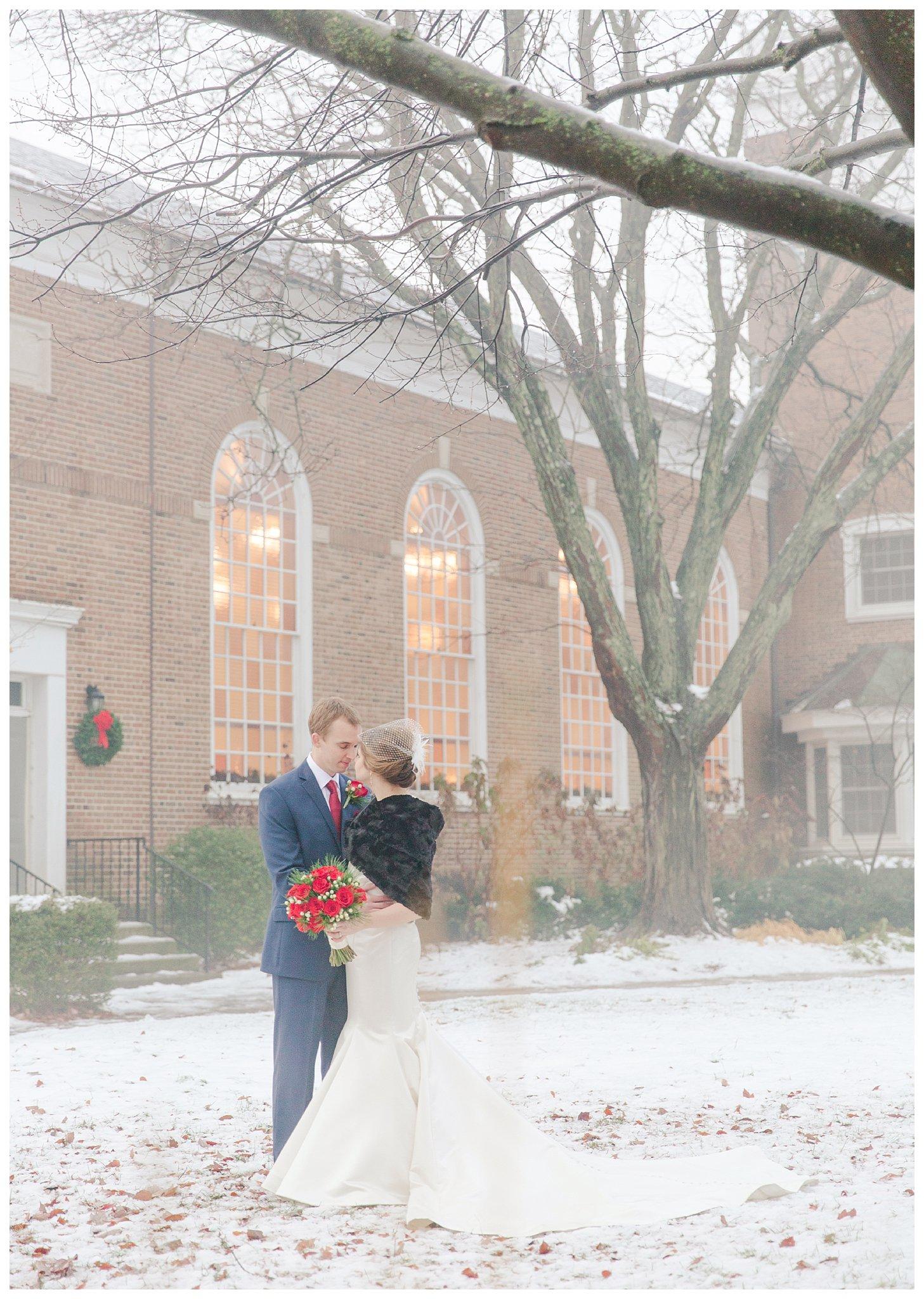 christmas-wedding-ohio_0040.jpg