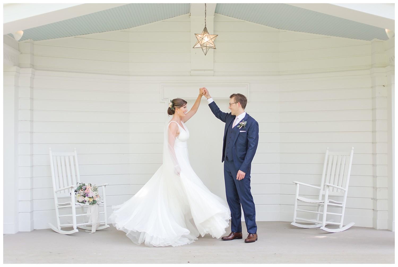 granville-inn-columbus-wedding-spring_0040.jpg