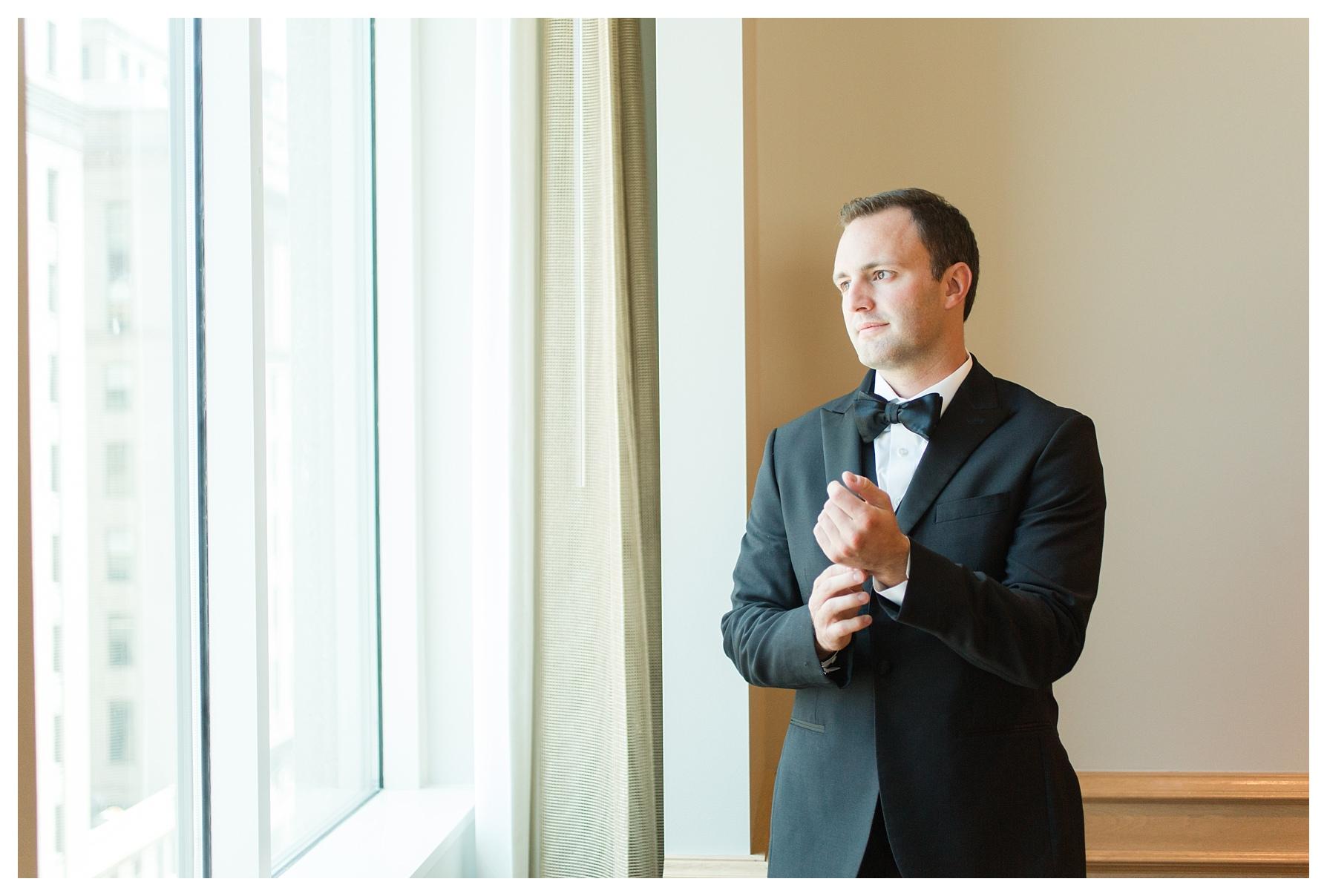 ritz-carlton-cleveland-wedding_0006.jpg