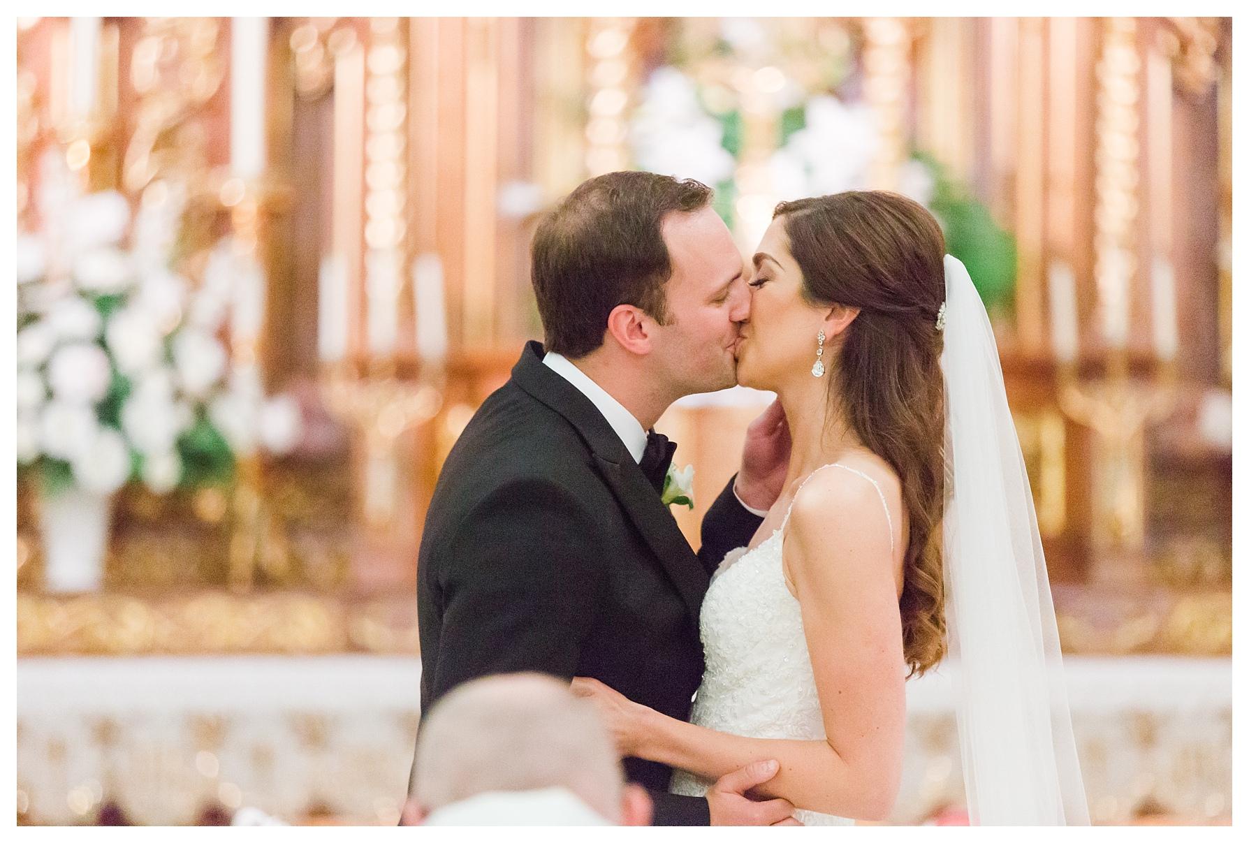 ritz-carlton-cleveland-wedding_0032.jpg