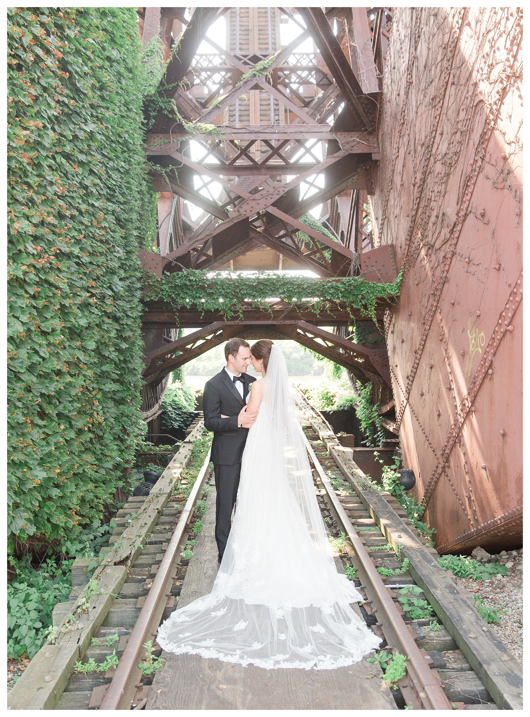 ritz-carlton-cleveland-wedding_0063.jpg