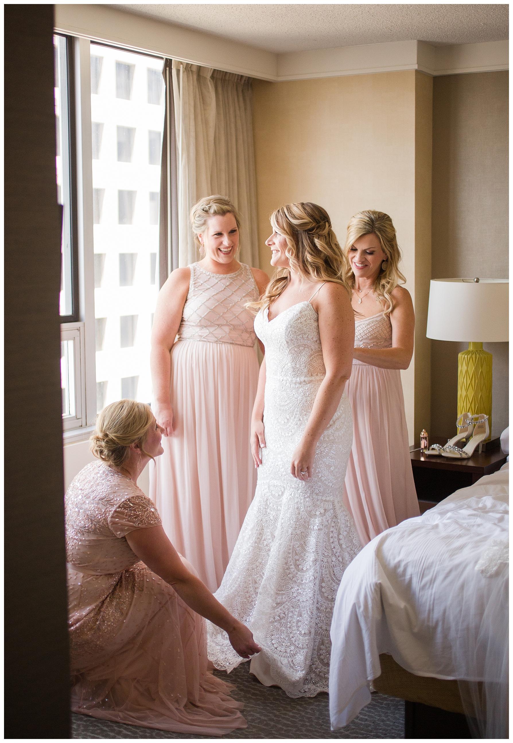 columbus-renaissance-hotel-wedding_0013.jpg