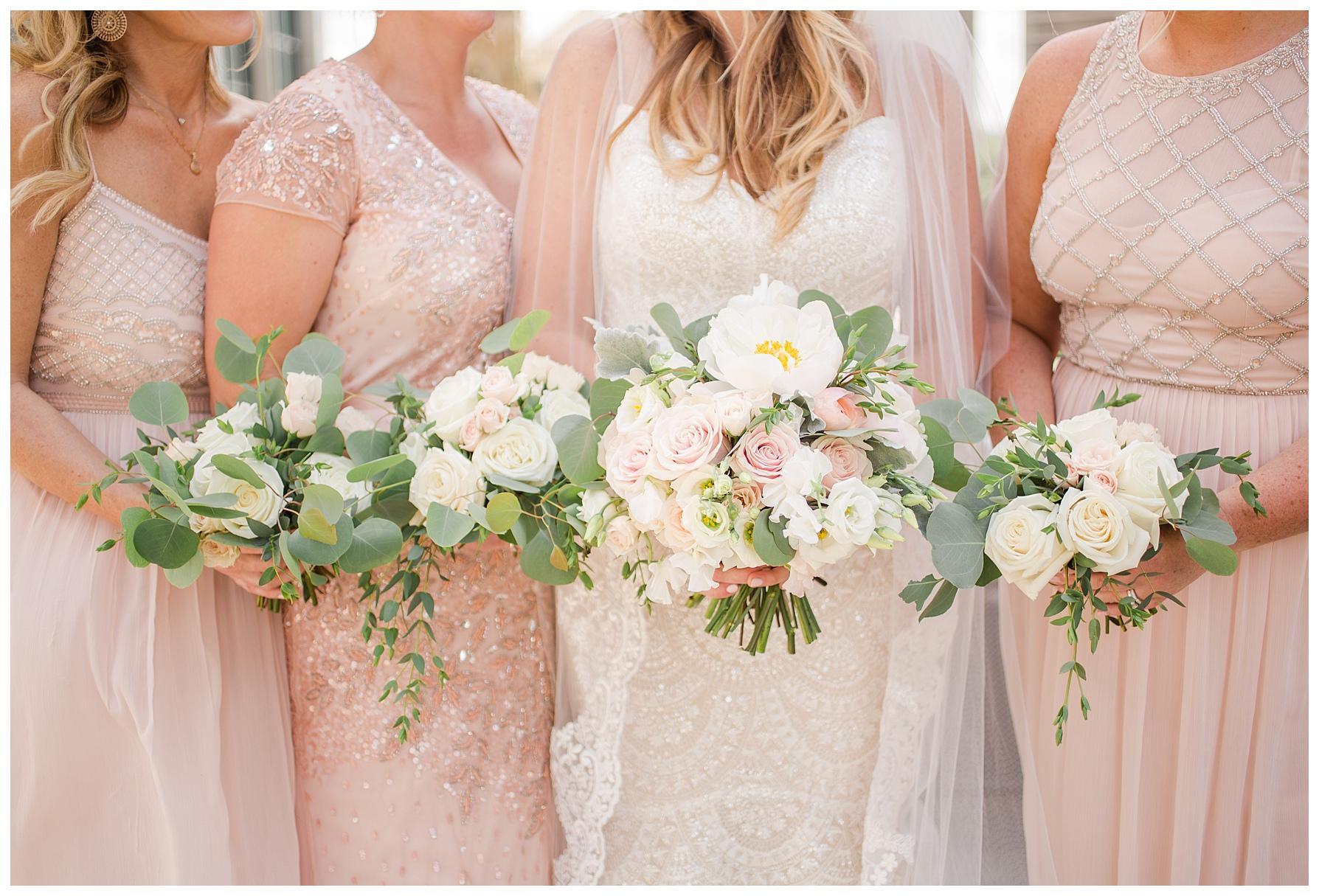 columbus-wedding-flowers-blush_0018.jpg
