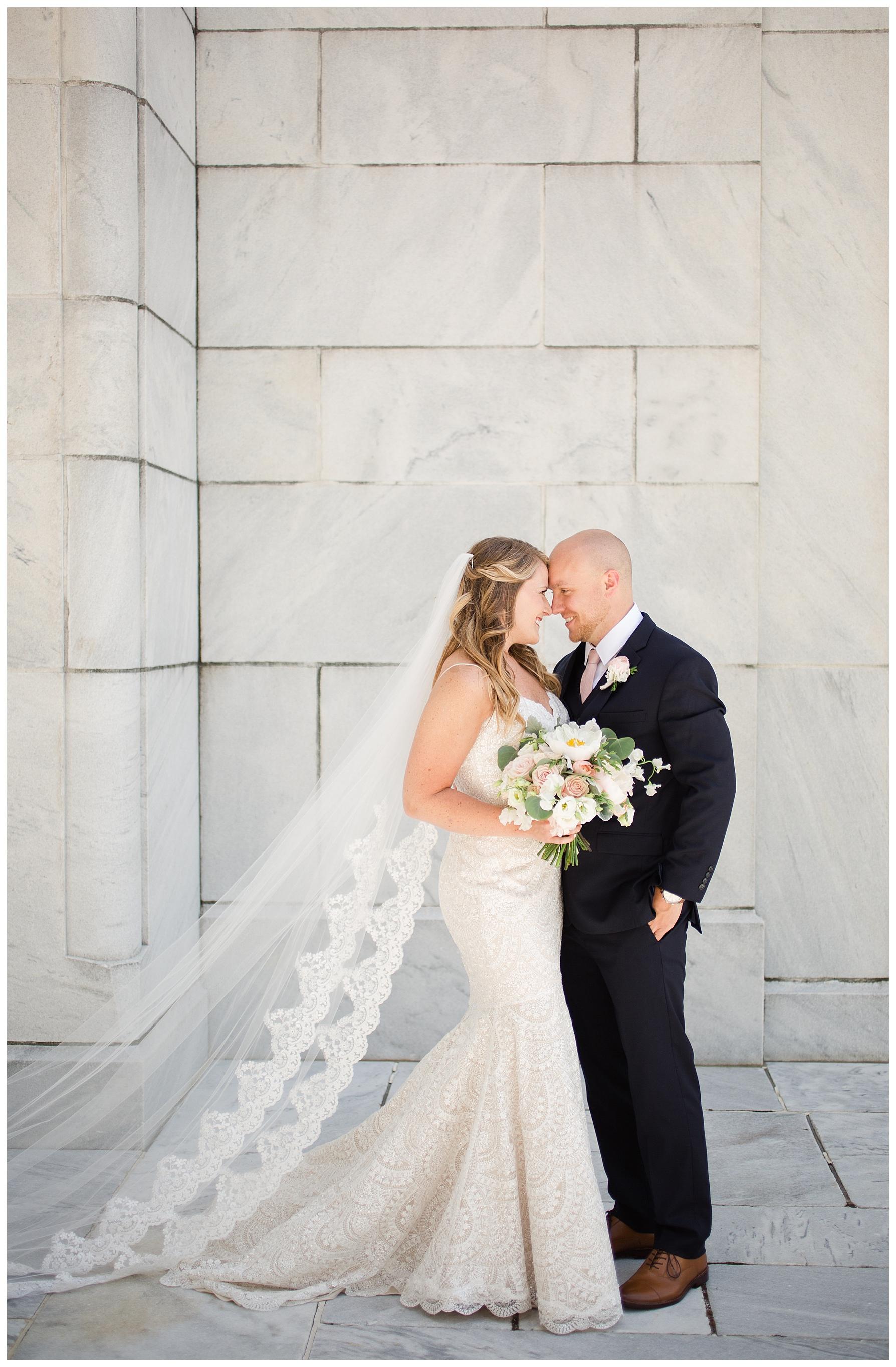 columbus-wedding-portratis-bride-groom_0033.jpg