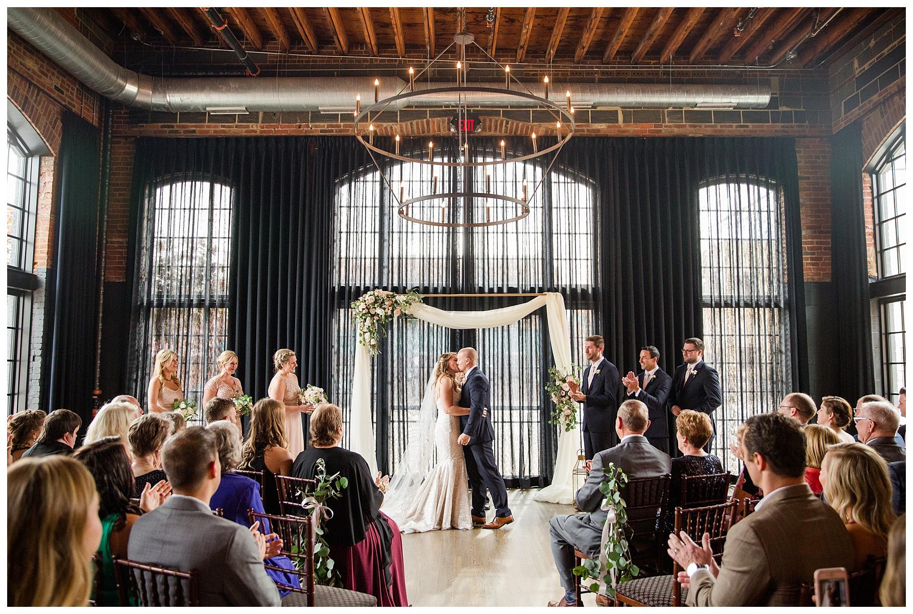 high-line-car-house-columbus-wedding_0031.jpg