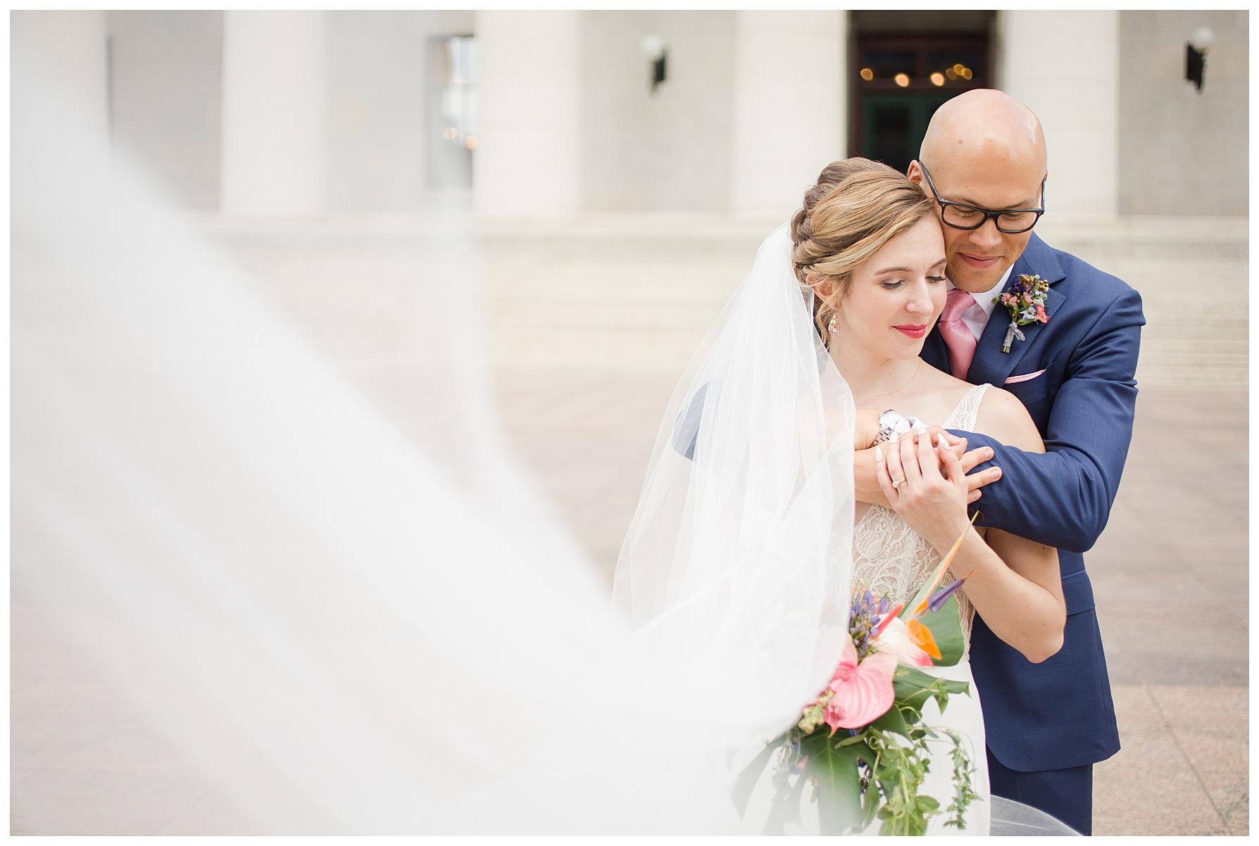 ohio-statehouse-columbus-wedding_0005.jpg