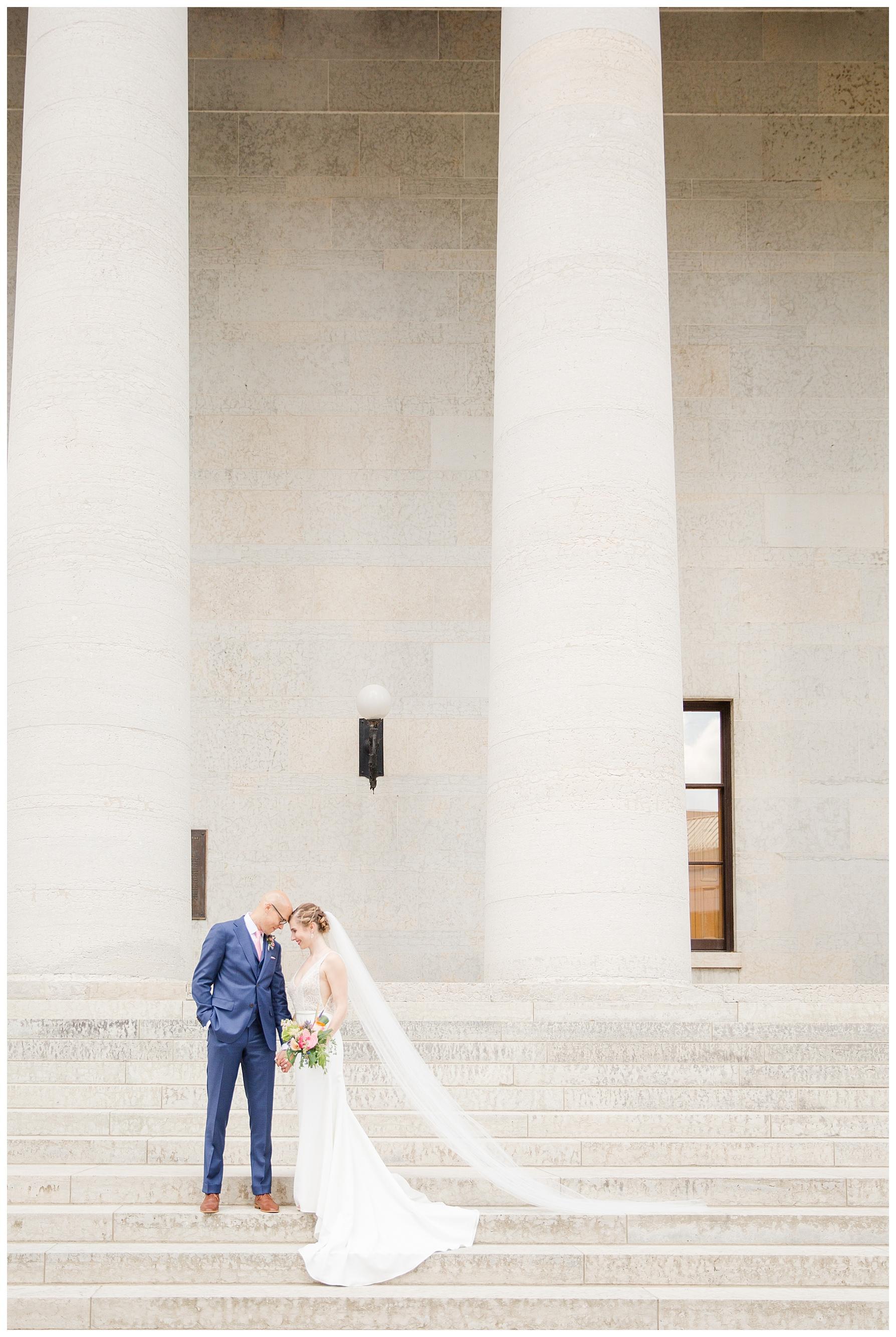 ohio-statehouse-columbus-wedding_0006-1.jpg