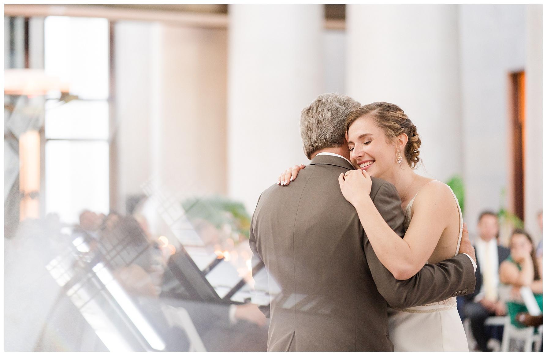 ohio-statehouse-wedding-columbus_0062.jpg