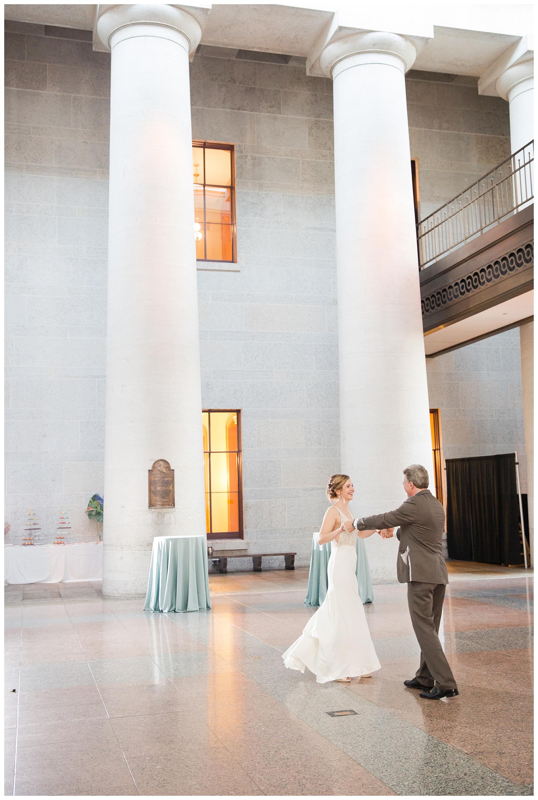 ohio-statehouse-wedding-columbus_0066.jpg