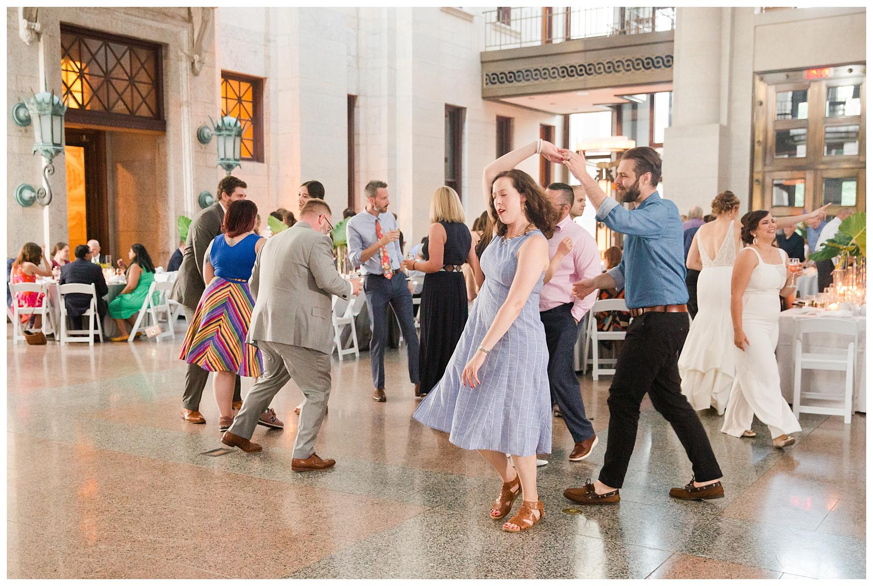 ohio-statehouse-wedding-columbus_0068.jpg