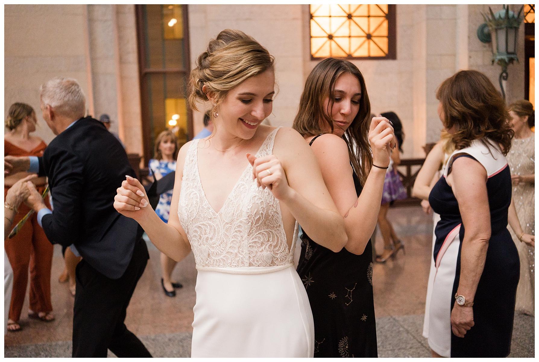 ohio-statehouse-wedding-columbus_0070.jpg