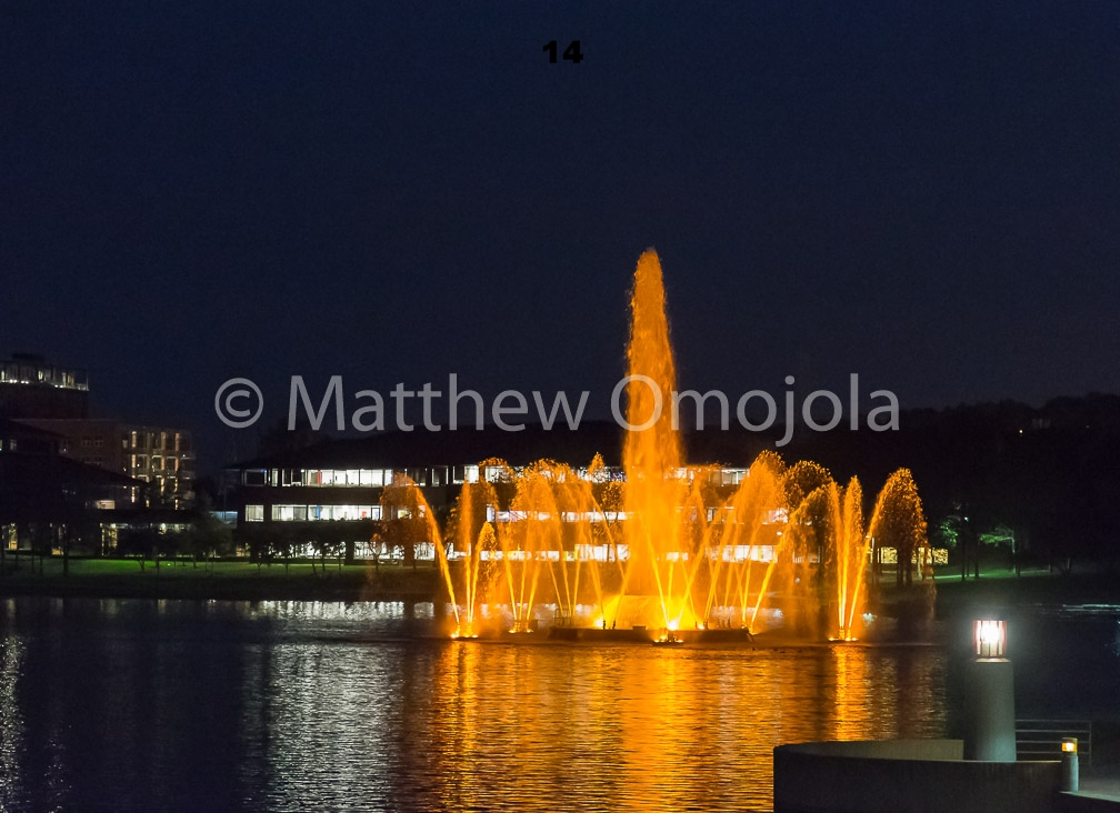 IMG_6848_Fountain_Heartland_Park_of_America_at_night_Omaha_NE.jpg