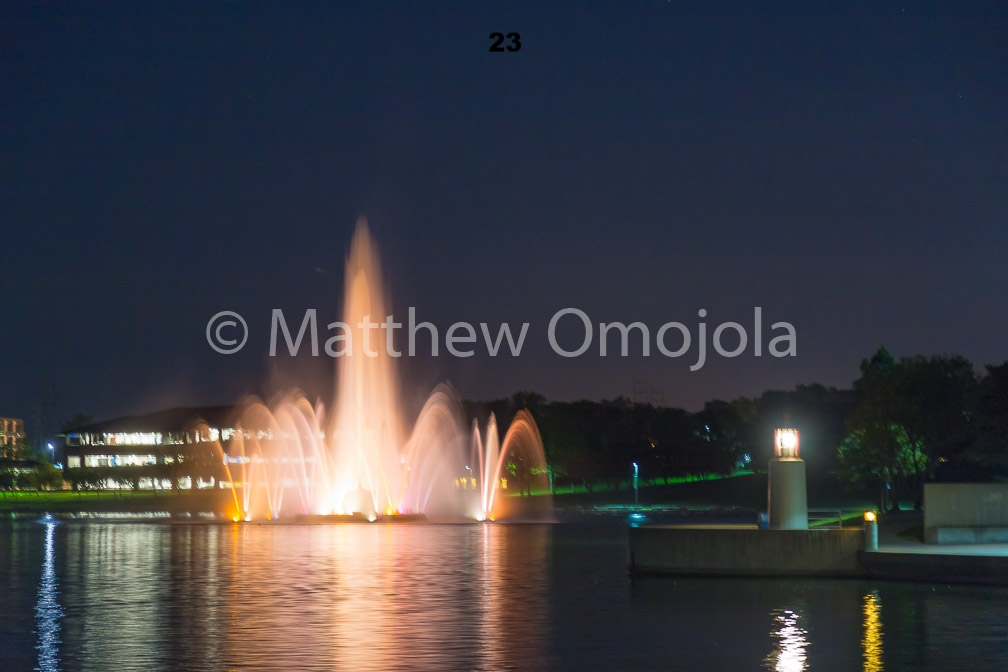 IMG_6871_Fountain_Heartland_Park_of_America_at_night_Omaha_NE.jpg