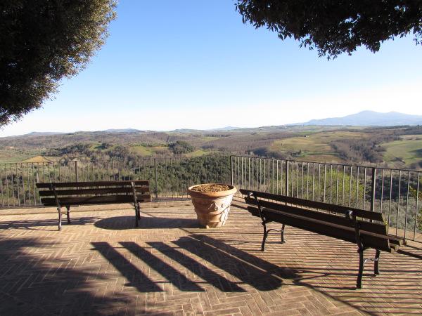 Castelmuzio terrazza.jpg