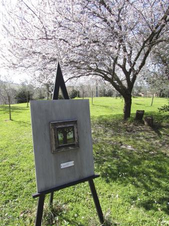 Monticchiello garden art.jpg