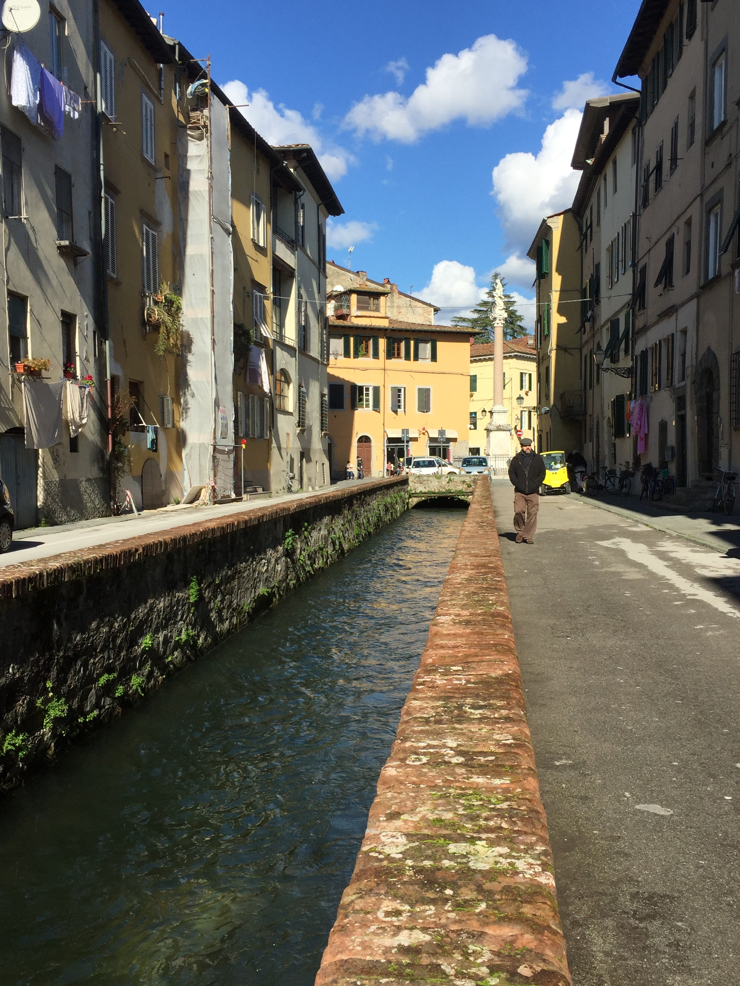 Lucca canal.jpg