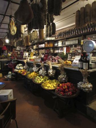 The store at Locanda Del Falco