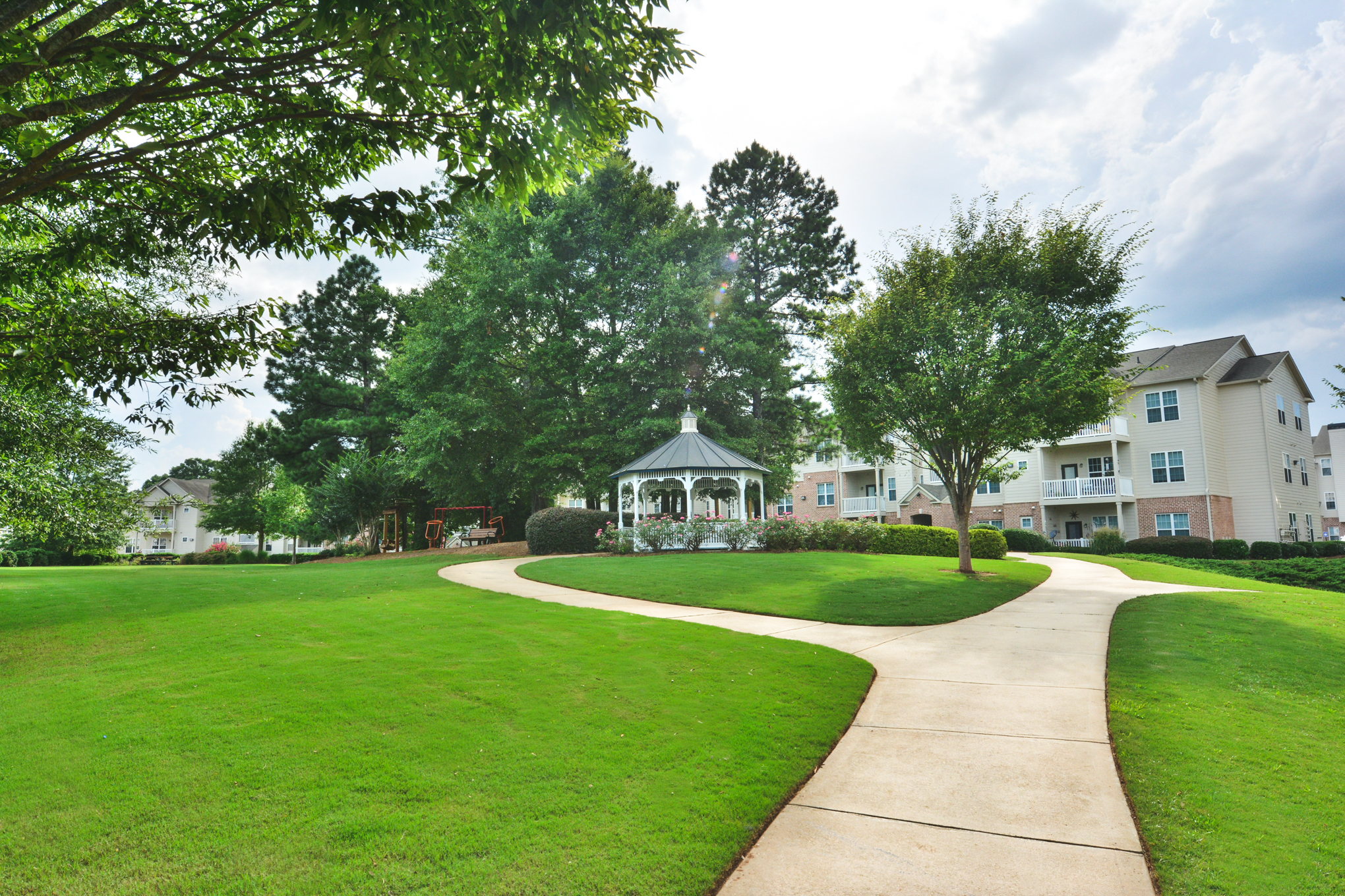 Tree Park Apartments