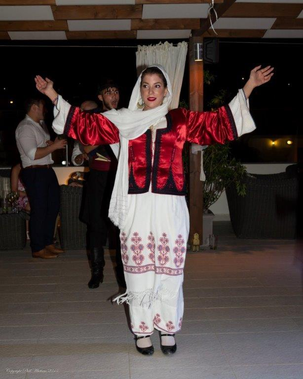 greek-dancer_19492508843_o.jpg