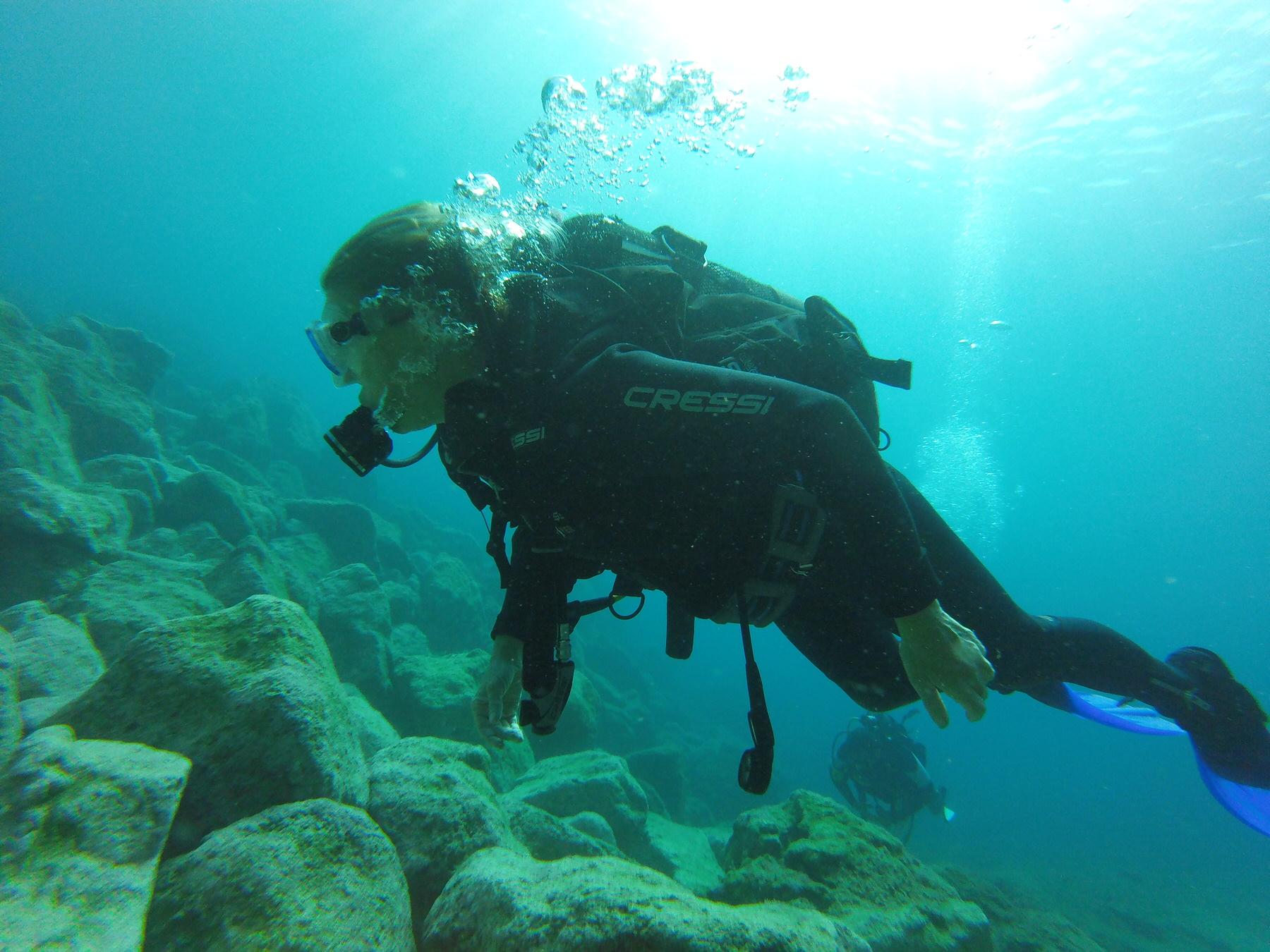 Claudia underwater