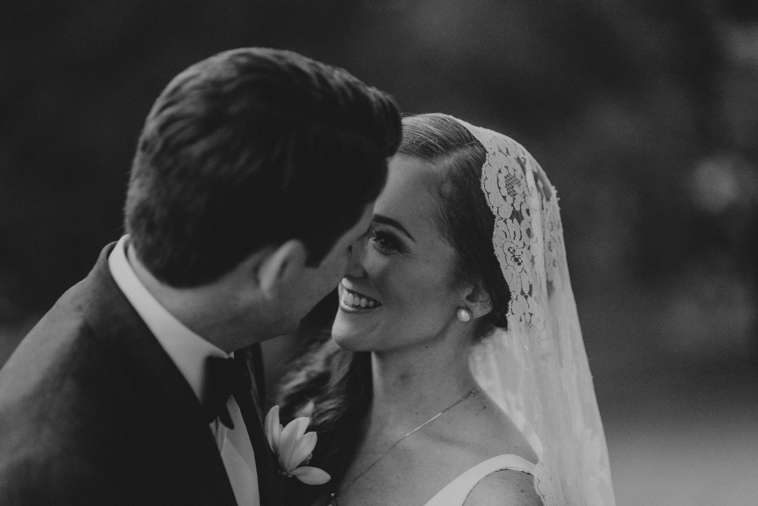 Southern Fete, Southern Wedding, Bride and Groom Moment, Erin and Geoffrey Photography