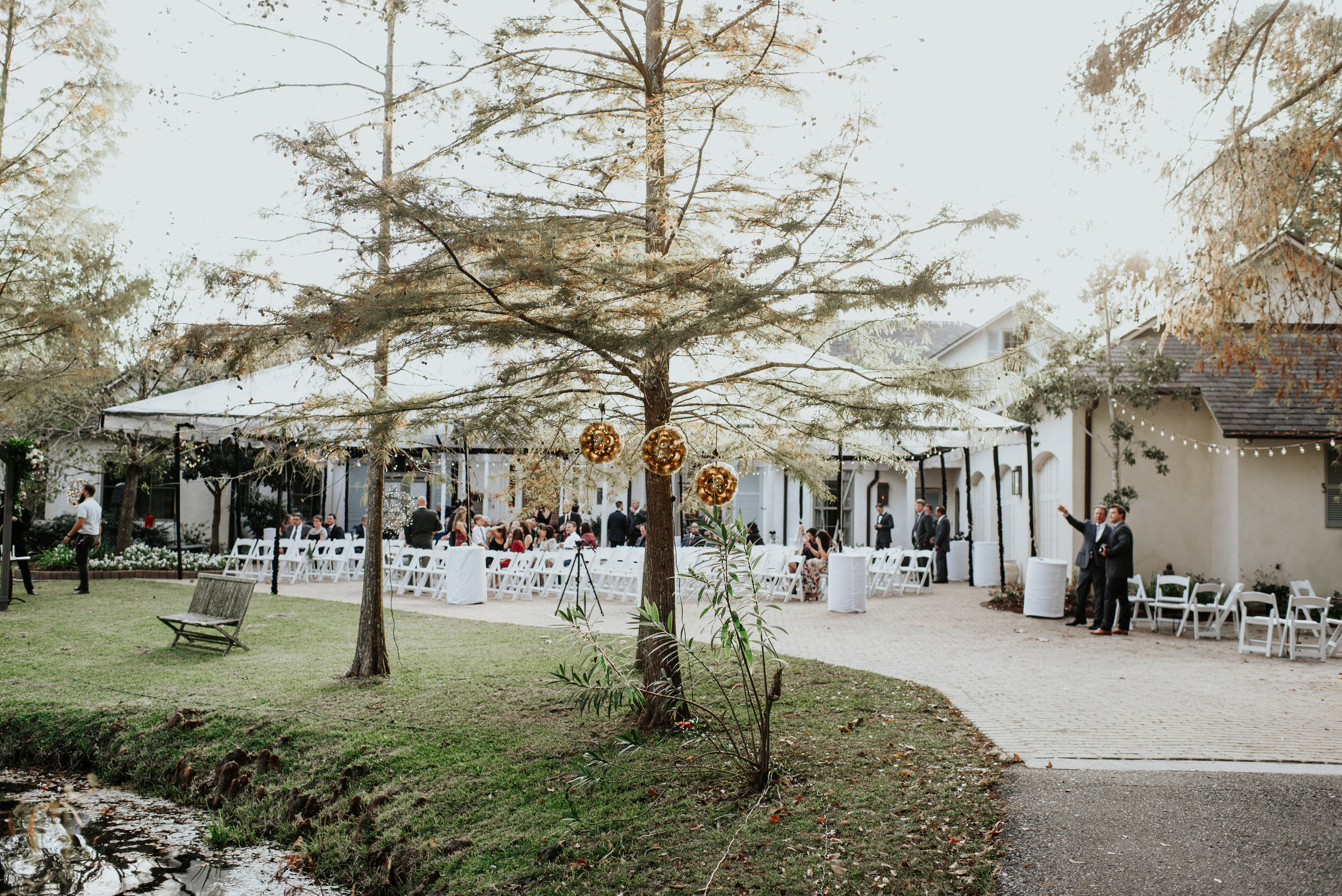 Southern Fete, Southern Wedding, Tent Wedding, The Beauty Room, Hannah Mulligan Photography