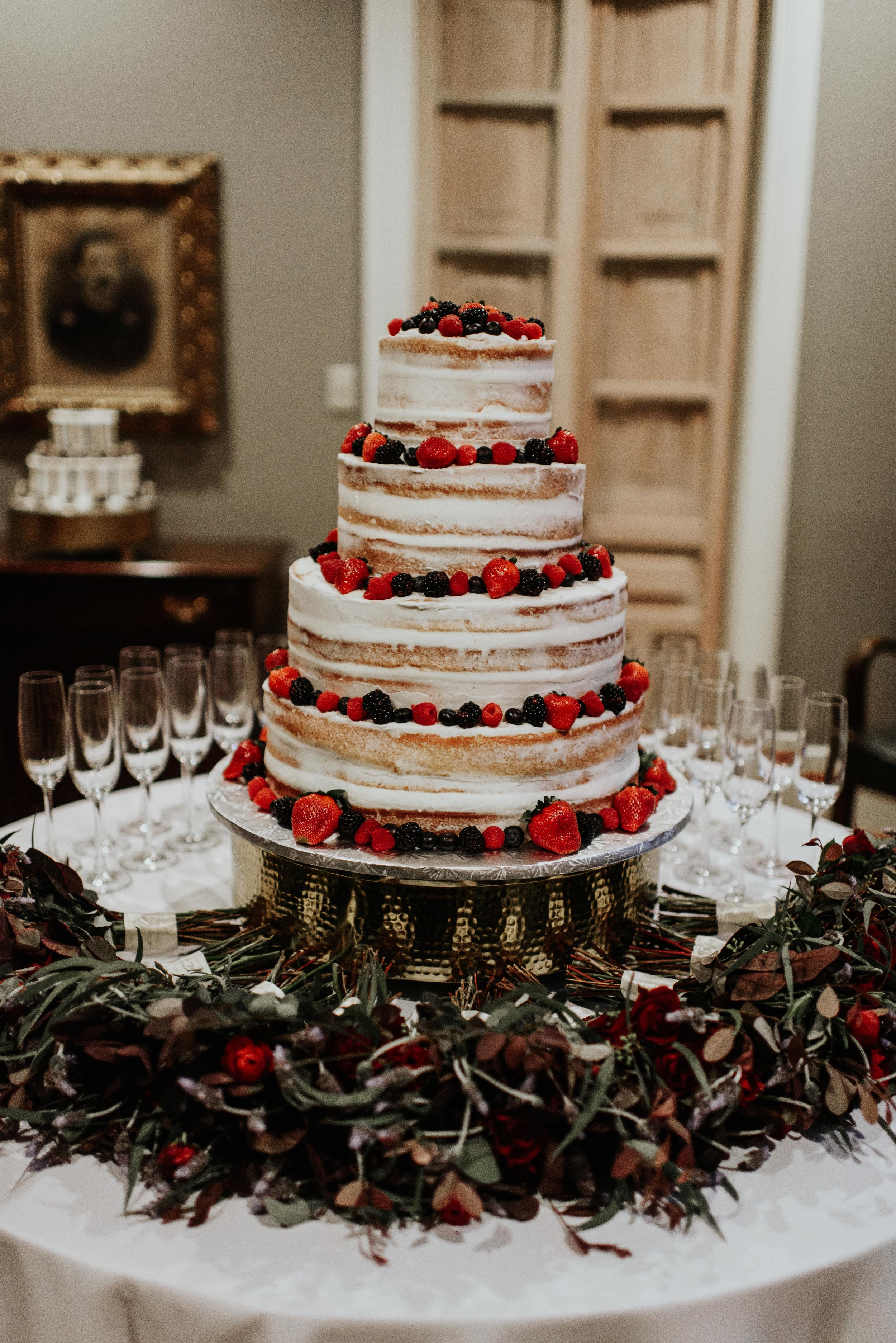 Southern Fete, Southern Wedding, Gambino's, Root Floral Design, Hannah Mulligan Photography, Wedding cake